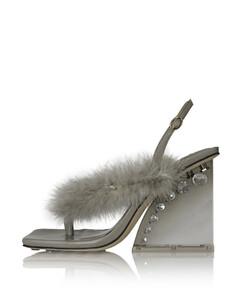 Black zipped slip-on sneakers