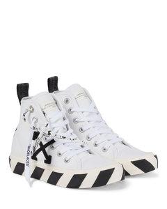Vulcanized帆布运动鞋