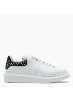 White and black oversize low sneakers