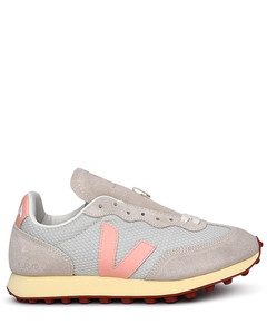 Brown leathjer boots