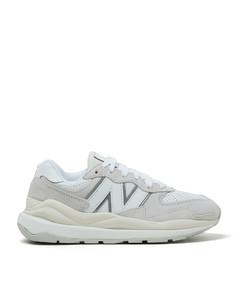 双层层叠靴子