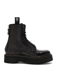 Leather Boots in Black
