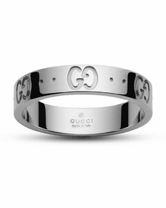 Low Icon Ring 11 in gold with engraved 'GG'