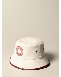 Hat women