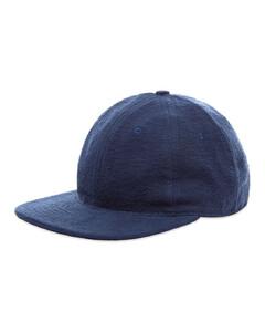 粉色徽标围巾