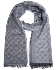 古驰浅灰色GG字母图案双面羊毛和真丝混纺围巾