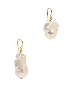 Revive pearl drop earrings