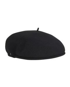 Moon beret hat