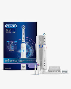 Pro 5000 toothbrush with SmartGuide