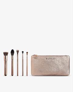 Iconic make-up brush set