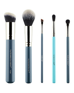 My Essential Makeup Brush Set