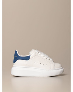 sneakers in leather with logo