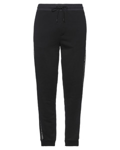 EMBROIDERED UPSIDE-DOWN LOGO T-SHIRT