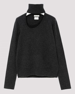 * Gray cashmere and wool sweater