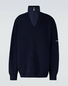 分层V领毛衣