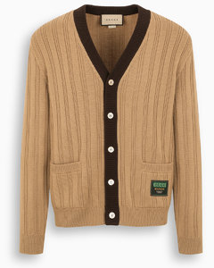 Camel knitted cardigan with patch