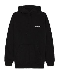 Medium Fit Hoodie in Black