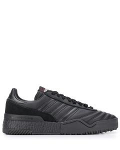 Wallabee绒面革靴