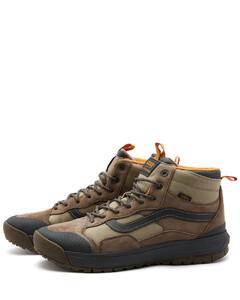 黑色皮革德比鞋