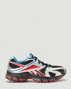 Spike Runner 2 Sneakers in Red