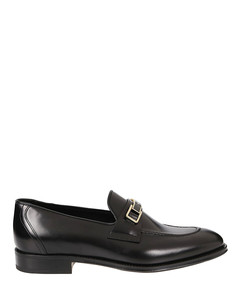 Logo plaque polished leather loafers