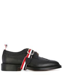 黑色牛皮经典长翼布洛克鞋