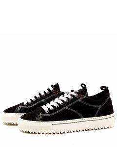 高科技运动鞋