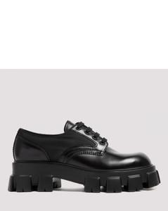 Monolith brushed leather shoe