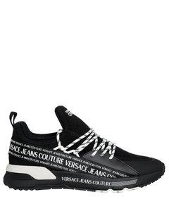 Yeezy凉鞋