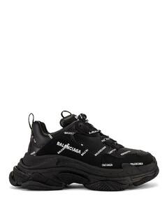 Triple S Sneaker in Black