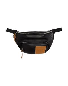 黑色填充腰包