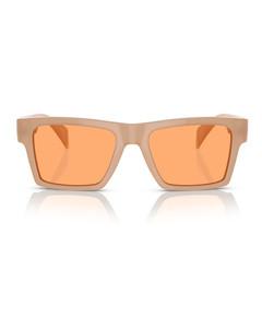 银色G-Chrono手表
