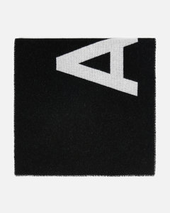 Light grey beanie with embroidered logo