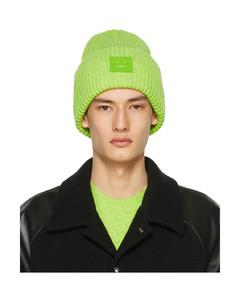 绿色贴饰羊毛毛线帽