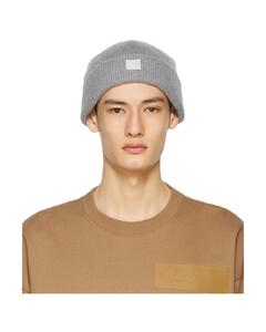 灰色贴饰羊毛毛线帽