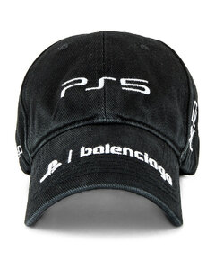 Hat PS5 in Black