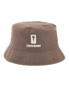 小兔印花口袋方巾
