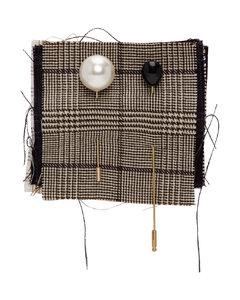 金色&棕色羊毛布样饰针